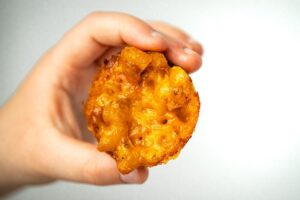 Chili Mac and Cheese Bites